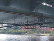 under-bridge-suspended-platform
